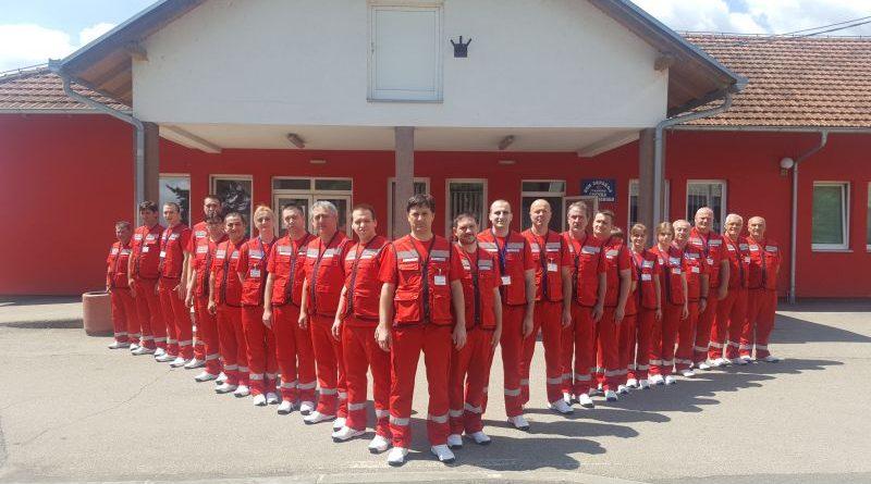 Нове радне униформе за раднике Службе хитне медицинске помоћи