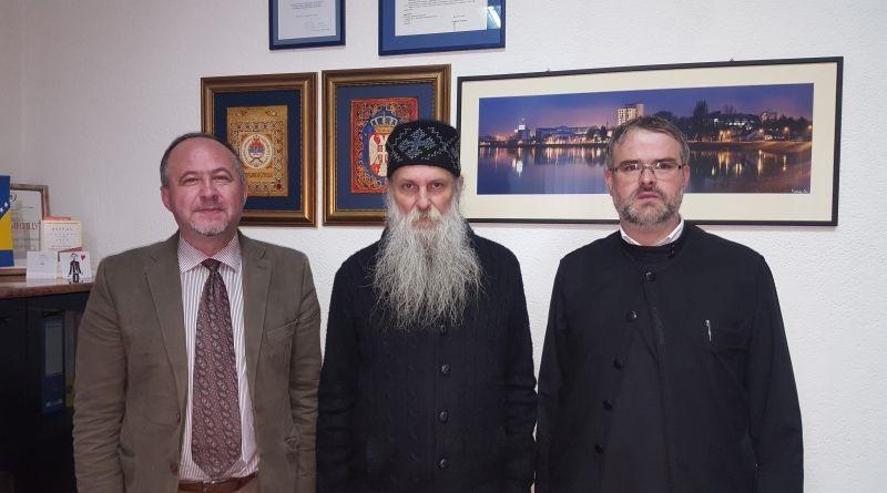 """Владика славонско-пакрачки у посјети ЈЗУ """"Дом здравља"""" Градишка"""
