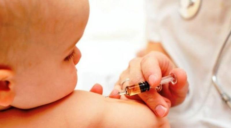 Редовна вакцинација осмих разреда основних школа