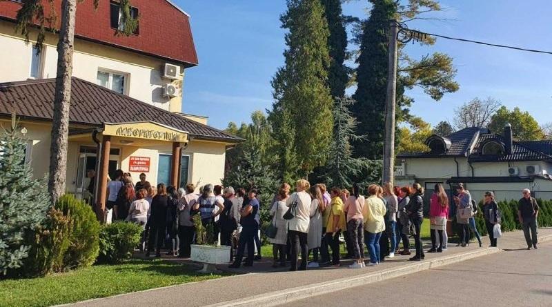 """Проведена акција бесплатног тестирања за карцином дојке поводом 25 година рада ЈЗУ """"Дом здравља"""" Градишка"""